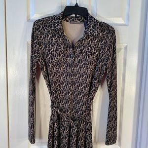 BLACK AND GOLD LONG SLEEVE 👗 by LIZ CLAIBORNE S-S